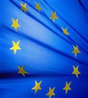 Η Ευρωπαϊκή Επιτροπή υποστηρίζει την έναρξη ενταξιακών διαπραγματεύσεων με Σκόπια και Τίρανα