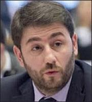 Ανδρουλάκης: Το δεύτερο γύρο τον επιβάλλει η λαϊκή ετυμηγορία