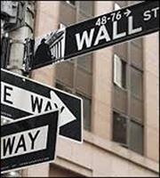 Οι φόβοι για την παγκόσμια ανάπτυξη ρίχνουν τη Wall Street