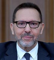 Δεκαετία ταχείας ανάπτυξης στην Ελλάδα βλέπει ο Γ. Στουρνάρας
