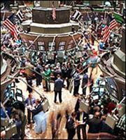 «Ποδαρικό» στο νέο έτος με κέρδη για τη Wall Street