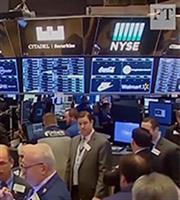 Πώς οι κλυδωνισμοί στις αγορές στέλνουν «σήμα» ύφεσης