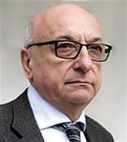 Τσουκάτος για τα μαύρα ταμεία Siemens: «Ζητάω συγνώμη...»