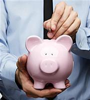 Επώδυνη μείωση στα χρέη των νοικοκυριών