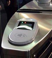 Πιστωτική ή χρεωστική κάρτα θα ανοίγει τις... πύλες του Μετρό