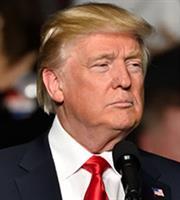Τραμπ: Ο Χαμενέι καλά θα κάνει να «προσέχει πολύ τα λόγια του»