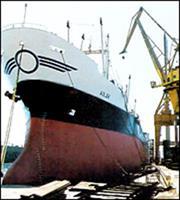 Ξεκινά η διαδικασία εξυγίανσης των ναυπηγείων Ελευσίνας