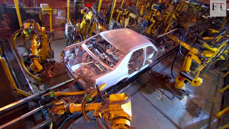 Βιομηχανία αυτοκινήτων: Η δύσκολη συμβίωση ρομπότ-εργαζομένων