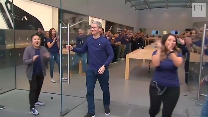 Η πορεία της Apple από τη χρεοκοπία στο $1 τρισ.